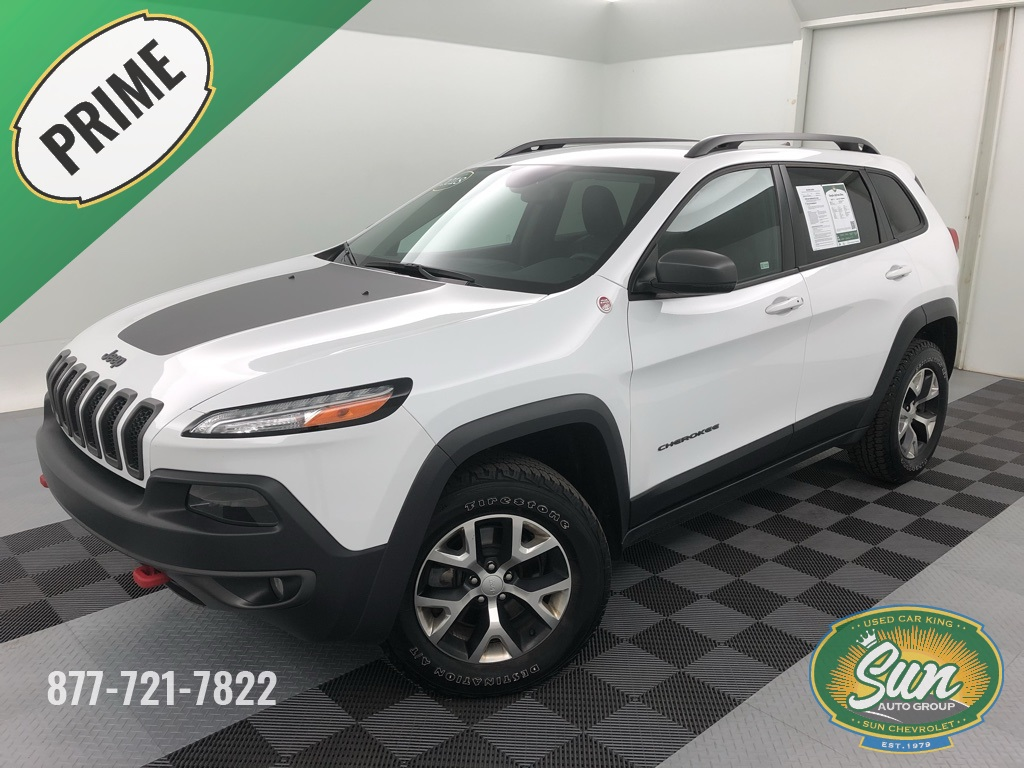 Pre Owned 2018 Jeep Cherokee Trailhawk