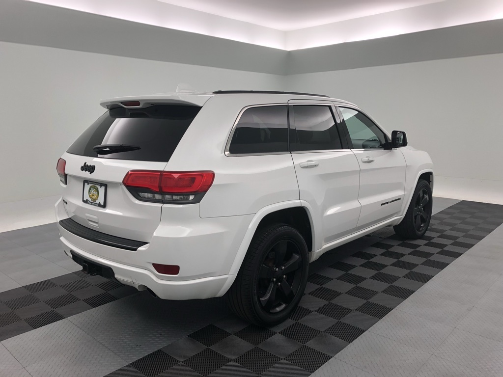 Pre-Owned 2015 Jeep Grand Cherokee Altitude