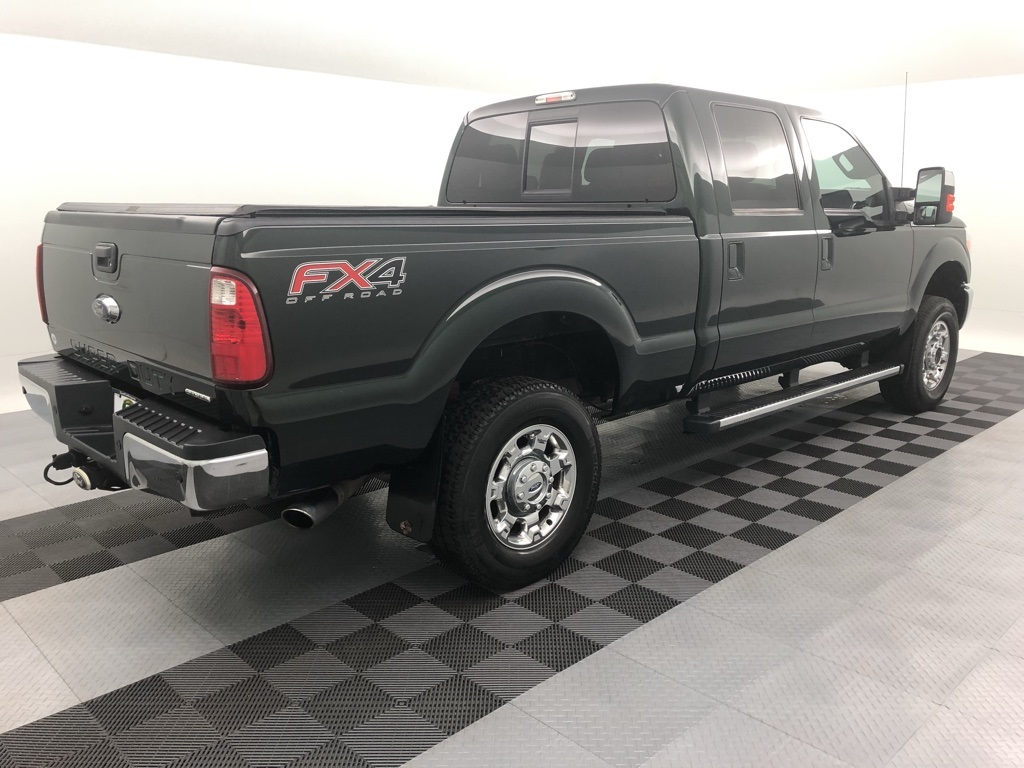 Pre-Owned 2016 Ford F-250SD Lariat