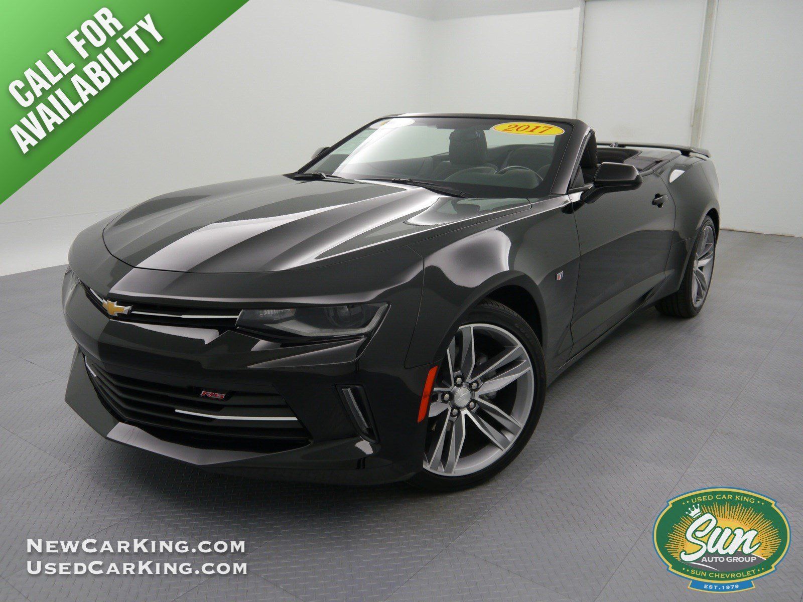 pre owned 2017 chevrolet camaro lt convertible cortland k11405 cortland ny used car king. Black Bedroom Furniture Sets. Home Design Ideas