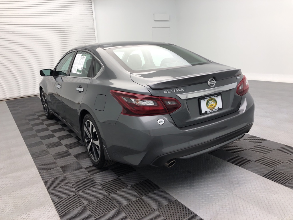 Pre-Owned 2018 Nissan Altima 2.5 SR