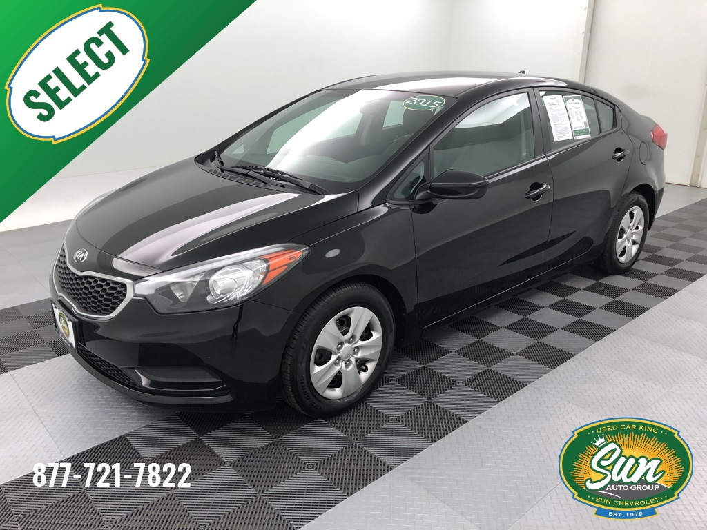 Pre-Owned 2015 Kia Forte LX 4D Sedan
